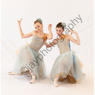 French Dancers 1